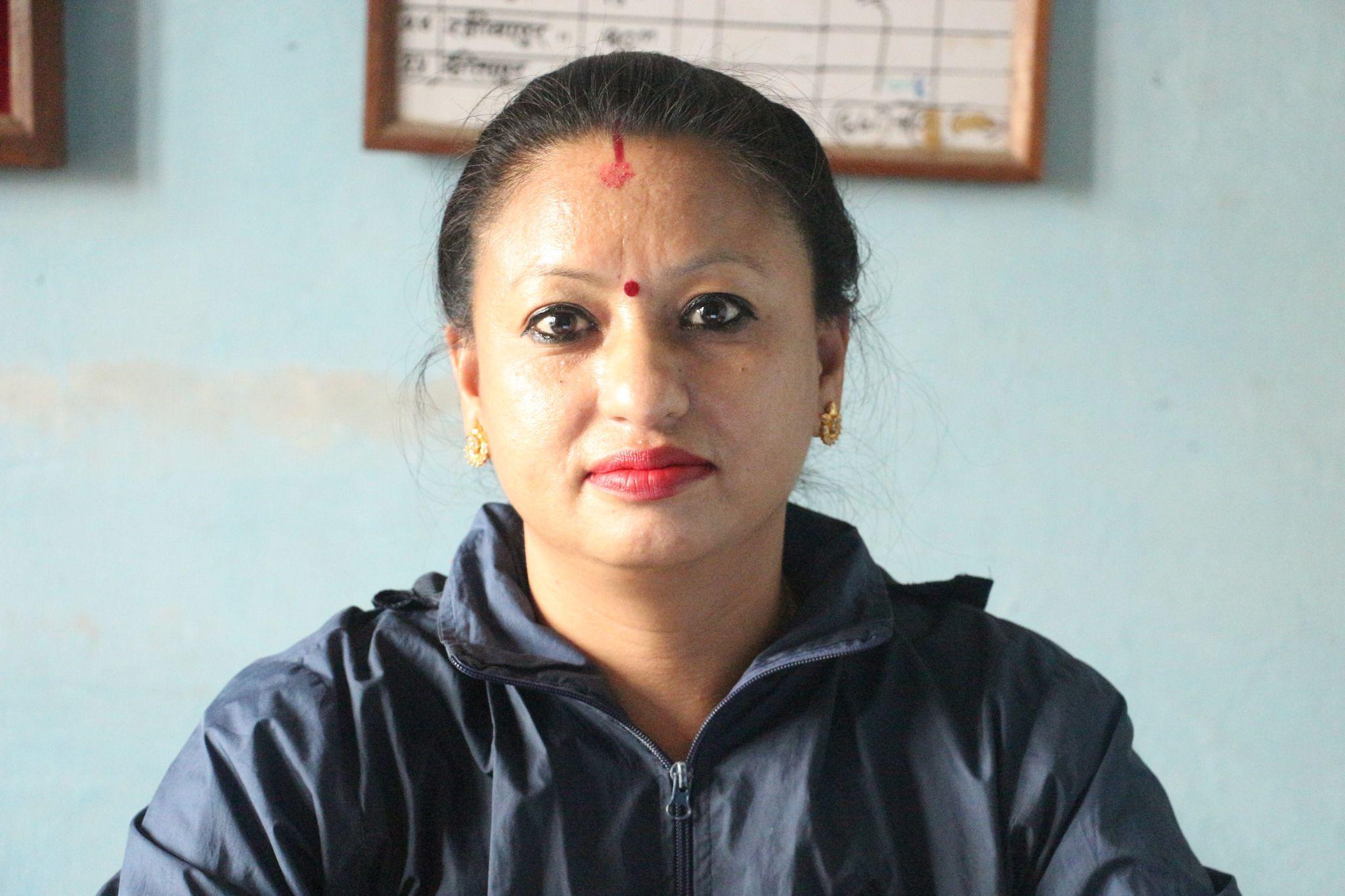 पब्लिक हेल्थ नर्स बिष्णु श्रेष्ठ, स्वास्थ्य कार्यालय बाँके । तस्विरः नेपालगन्ज ग्यालरी